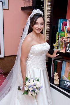 ¡Nuevo vestido publicado!  Vestido novias Julia Brox ¡por sólo 800€! ¡Ahorra un 56%!   http://www.weddalia.com/es/tienda-vender-vestido-novia/vestido-novias-julia-brox/ #VestidosDeNovia vía www.weddalia.com/es