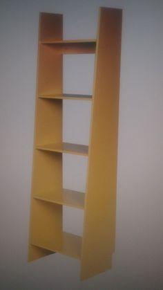 Minha estante escada amarela
