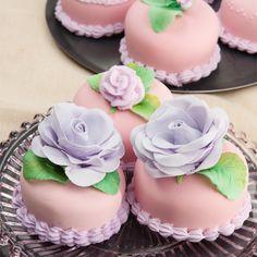 Almond-Paste Mini Strawberry Cakes