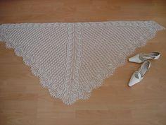 miss dashwood knit shawl patterns | ... Wollgeschnatter's wedding shawl. knitting pattern Lirio by Dee Hampton