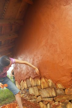 Schlag!'s photostream - Giovanna plastering the west wall