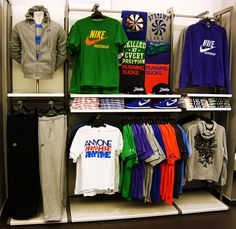 Realización de Escaparates y Visual Merchandising en tiendas franquicia Nike BarcelonaImplantación de New Arrival y CampañasDefinición de layoutAplicación de guidelinesSeguimiento de ventasRealización de informesRealización de trainings a los equipo…