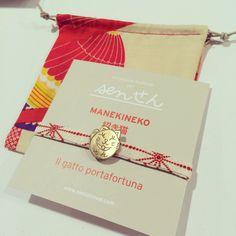MANEKINEKO bronze plate without relief