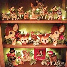 🦌The reindeer have come out to play🦌 Have a wonderful evening friends! My mama loved deer so this is my tribute to her❤❤… Christmas Booth, Office Christmas Decorations, Christmas Deer, Modern Christmas, Retro Christmas, Rustic Christmas, Christmas Crafts, Christmas Staircase, Christmas Displays