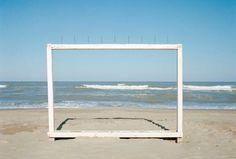 """_PENSARE PER IMMAGINI_ """"La fotografia mostra sempre quello che noi crediamo già di sapere"""" Luigi Ghirri in http://www.nipmagazine.it/blog/39/luigi-ghirri-pensare-per-immagini"""