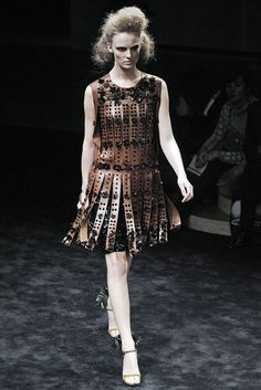 Prada Fall 2009 Ready-to-Wear - Collection - Gallery - Style.com