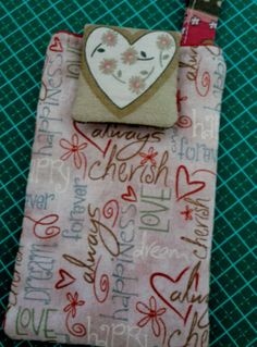 """Quilt Maria:  """"Heartstrings"""", Red Rooster Fabrics."""
