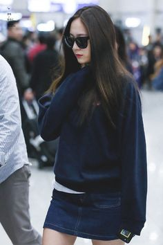 f(x) - Krystal Krystal Jung Fashion, Jessica Jung Fashion, Krystal Jung Style, Korean Airport Fashion, Korean Fashion Kpop, Krystal Fx, Jessica & Krystal, Pop Fashion, Daily Fashion