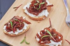 Caramelized Red Onion and Goat Cheese Crostini