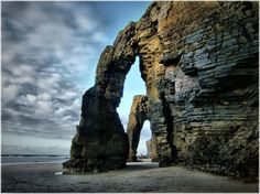 Place: Playa de las catedrales, #Ribadeo / #Galicia, #Spain. Photo by jl.cernadas  (flickr.com)