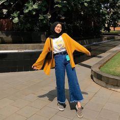 Hijab Fashion Summer, Modest Fashion Hijab, Modern Hijab Fashion, Korean Fashion Dress, Modesty Fashion, Street Hijab Fashion, Casual Hijab Outfit, Hijab Fashion Inspiration, Ootd Hijab