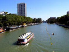 Bassin de la Vilette vers les anciens Magasins Généraux - Bassin de la Villette