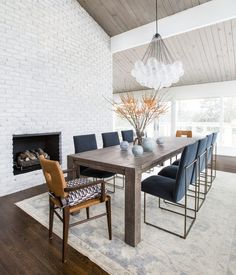 High end remodel and decoration of a 1960's mid century home in the Yarrow Point neighborhood of Bellevue Washington featuring custom made goods.