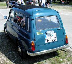 """Fiat 500 K o  también conocido como el """"Giardiniera"""", se fabricó entre los años 1960–1977. Está foto muestra la versión """"station Wagon""""."""