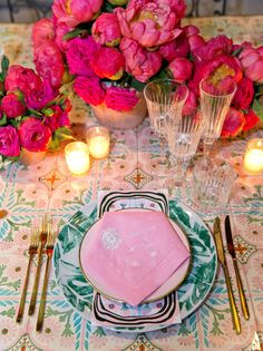 Bumble Founder Whitney Wolfe and Michael Herd's Whirlwind Wedding in Positano | Vogue Whitney Wolfe, Bumble App, Hand Painted Plates, Colourful Balloons, Southern Italy, Party Entertainment, Event Decor, Party Planning, Tablescapes