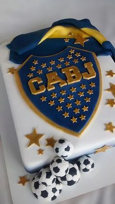Torta boca juniors | por mycake.nataliacasaballe Army Birthday Parties, Army's Birthday, Pastel Cakes, Soccer Party, Cakes For Boys, Cupcake Cookies, Cake Designs, Fondant, Sweets