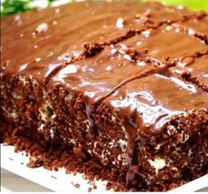 Greek Recipes, Desert Recipes, Chocolate Cream Cake, Greek Pastries, Donuts, Food Decoration, Brownie Cake, Canning Recipes, Sweet And Salty
