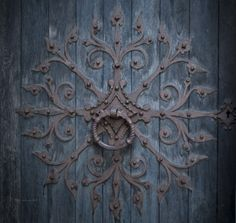 I don't know what this is, but it's beautiful. Some kind of door knocker maybe? Unfortunately, I cannot find a date.