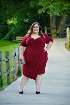 On the occasion that I need dressy attire or semi-formal wear, I always look to Kiyonna first to see what they have available. I started wearing Kiyonna when I attended a wedding in I had nev… Looks Plus Size, Curvy Plus Size, Plus Size Women, Big Girl Fashion, Curvy Women Fashion, Plus Size Fashion, Dressy Attire, Dressy Dresses, Dresses Uk