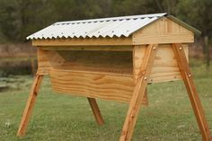 Top Bar Bee Hives | All You Can Eat Gardens