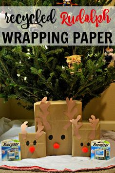 Recycled Rudolph Wrapping Paper + Eco-Friendly holiday ideas! #PowerYourHoliday #ad
