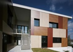 Trespa is a premier developer of high quality HPL panels for exterior cladding, decorative façades and scientific surface solutions. Exterior Cladding, Facade, Multi Story Building, Architecture, Wood, Outdoor Decor, France, Home Decor, Hospitals