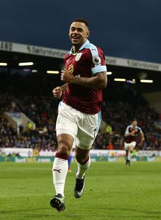Andre Gray of Burnley celeberates scoring his team's second goal during the Premier League match between Burnley and Sunderland at Turf Moor on December 31, 2016 in Burnley, England.