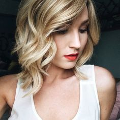 Le Fashion Blog How To Get The Perfect Loose Curls Red Lipstick Hair Inspiration Bob Haircut Via Feel Flourish Front photo Le-Fashion-Blog-How-To-Get-The-Perfect-Loose-Curls-Red-Lipstick-Via-Feel-Flourish-Front.jpg