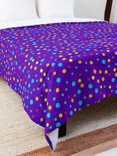 'Mixed Dot Design' Comforter by Shane Simpson Dots Design, College Dorm Rooms, Square Quilt, Twin Xl, Quilt Patterns, Comforters, Blanket, Pillows, Retro