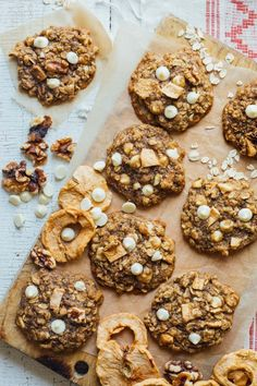 Healthy Oatmeal cookies, with white chocolate chips, walnuts and chunks of dried apple rings added in for a fall twist! Sweetened with unrefined maple sugar and made with whole grain! | Healthy Seasonal Recipes | Katie Webster