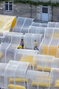 Pavillon Martell - A ⇨ Pavilion - Architecture Durable, Installation Architecture, Modern Architecture Design, Pavilion Architecture, Concept Architecture, Sustainable Architecture, Interior Architecture, Architecture Facts, Landscape Architecture