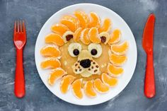 Przepis: Wafle z mlekiem w proszku - Proste i Smaczne Przepisy How To Make Pancakes, Pancakes Easy, Pancake Face, Pancake Drawing, Birthday Toast, Silver Dollar Pancakes, Cake Hacks, Gel Food Coloring, Mocca