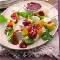 Espetadas de fruta e queijo fresco - Dieta Mais