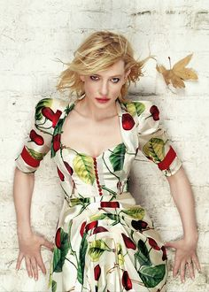 This dress I find rather marvelleous :) ! Cate Blanchett is by the way also a rather fantastic actress ;)