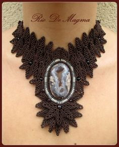 Druzy / Geode / Agate Macrame Statement Choker and by RioDeMagma, $200.00  De nuestra tienda / From our store: www.etsy.com/shop/RioDeMagma