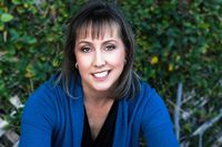 Jenn McKinlay is a New York Times bestselling mystery writer who has recently expanded into contemporary romance.