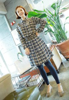 Today's Hot Pick :Tweed Print Shirt Dress http://fashionstylep.com/SFSELFAA0015876/min3111enn/out Try this shirt dress on for a different look. Stylish and colorful with its tweed-like prints, this dress features a flat collar, long sleeves, button down closures, string-pulled waist, and flared skirt. Try teaming with footless leggings.