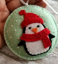Inflatable Christmas Decorations to Adorn Your Lawn and Roof Sewn Christmas Ornaments, Felt Christmas Decorations, Christmas Sewing, Felt Ornaments, Handmade Christmas, Magical Christmas, Christmas Carol, Red Christmas, Christmas Projects