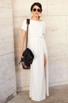 Love this simple look #stfrock #white #fashion