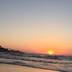 Sunset at #LaJolla beach #SanDiego #lajollalocals #sandiegoconnection #sdlocals #sandiegolocals - posted by Shafeeq  https://www.instagram.com/shafeeqinphoenix. See more post on La Jolla at http://LaJollaLocals.com