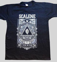 "Camiseta Scalene - ""O Peso da Pena"" - Loja Scalene"