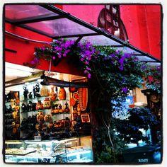 Handicrafts market Museo del Oro