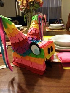 DIY PIÑATA Costume, cutest thing ever! Mexican Pinata, Mexican Costume, Boy Costumes, Costume Ideas, Halloween 2018, Halloween Ideas, Holiday Treats, Holiday Fun, Pinata Halloween Costume