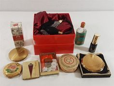 Lot 82 - Collection of Various perfumes plus boxed perfume bottle