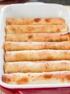 Appeltaart tortilla's: dit valt te veganizen! Sweet Recipes, Cake Recipes, Dessert Recipes, Tortillas, Tapas, Delicious Desserts, Yummy Food, Sweet Bakery, Snacks Für Party