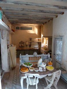 Lotjes Dollhouse dining room