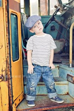 I love this back to school photo shoot on an old vintage school bus! ♥ Photo Session Ideas | Props | Prop | Child Photography | Clothing Inspiration| Fashion | Pose Idea | Poses | Little Boy