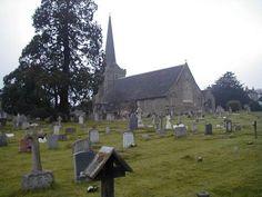 Igreja no cemitério de Cuckfield