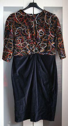 Kleid mit Schlingenstoff