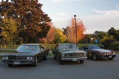 ebay auto  #automobili #occasioni #auto #ebay #macchine #vettura Out for a cruise with friends. Cars from 1970 71 and 72